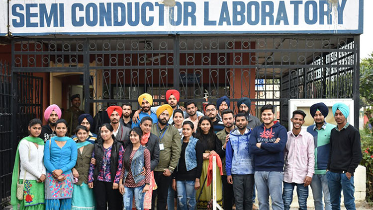 Industrial visit to Semiconductor Laboratory, Mohali